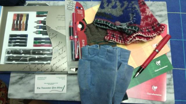 Pens&GlovesIMG_20141123_161058